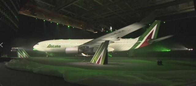 """Alitalia, Di Maio: """"La faremo di nuovo grande"""""""