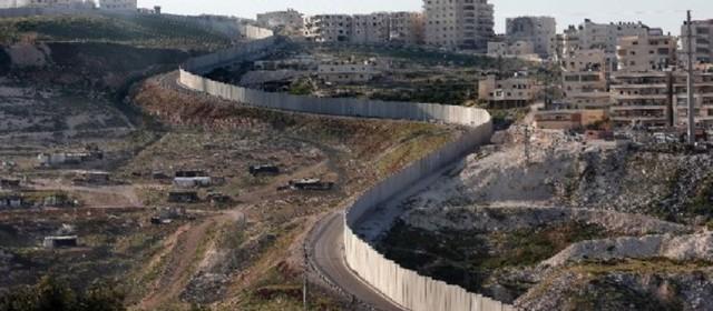 """USA. Trump: """"Dichiaro emergenza per costruire il muro di confine"""""""