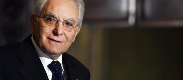 """L'Aquila: Mattarella all'inaugurazione dell'anno scolastico. Marsilio: """"Norme semplificate per la ricostruzione"""""""