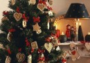 """Sessuologa: """"Fare l'albero di Natale favorisce il sesso"""""""