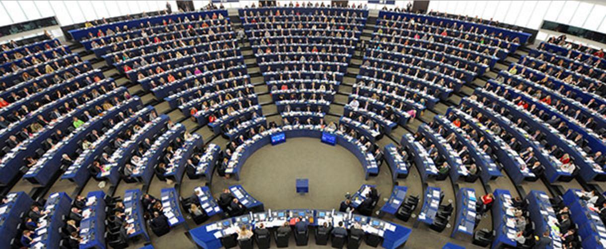Il parlamento europeo vota per embargo armi ad arabia for Rassegna stampa parlamento