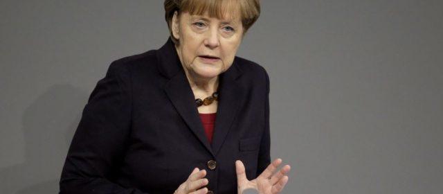 """Merkel: """"Piena collaborazione con Italia contro disoccupazione"""""""