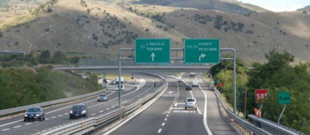 """Strada dei Parchi, Toninelli: """"Fondi subito, polemiche strumentali"""""""