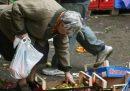 Istat: 2,7 mln affamati punta iceberg povertà