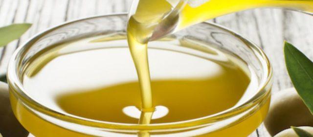 Xylella: addio a 6 bottiglie olio made in Made in Italy su 10