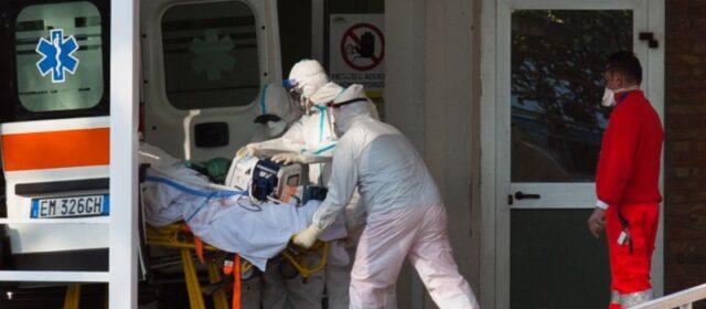 Covid: continuano a salire i ricoveri tra i non vaccinati