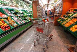 Coronavirus. Supermercati aperti, ma no a vendita alcuni prodotti